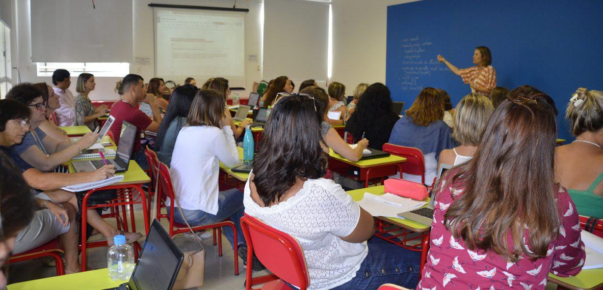 Referência entre educadores de todo o<br> Brasil,  Centro de Formação de professores<br>foi inaugurado em 1980 com a Escola da Vila